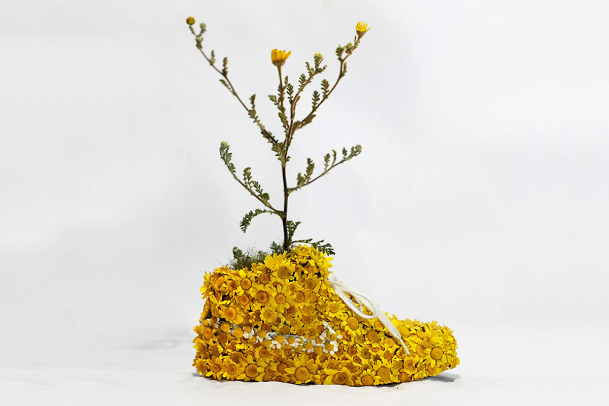 nike-sneaker-flowers-just-grow-it-mr-plant-01-960x640